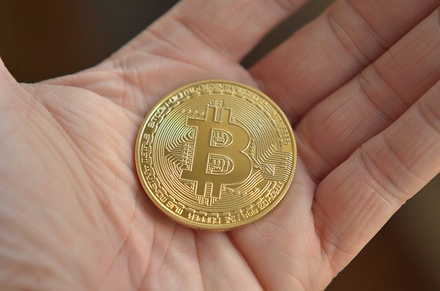 bitcoin v dlani