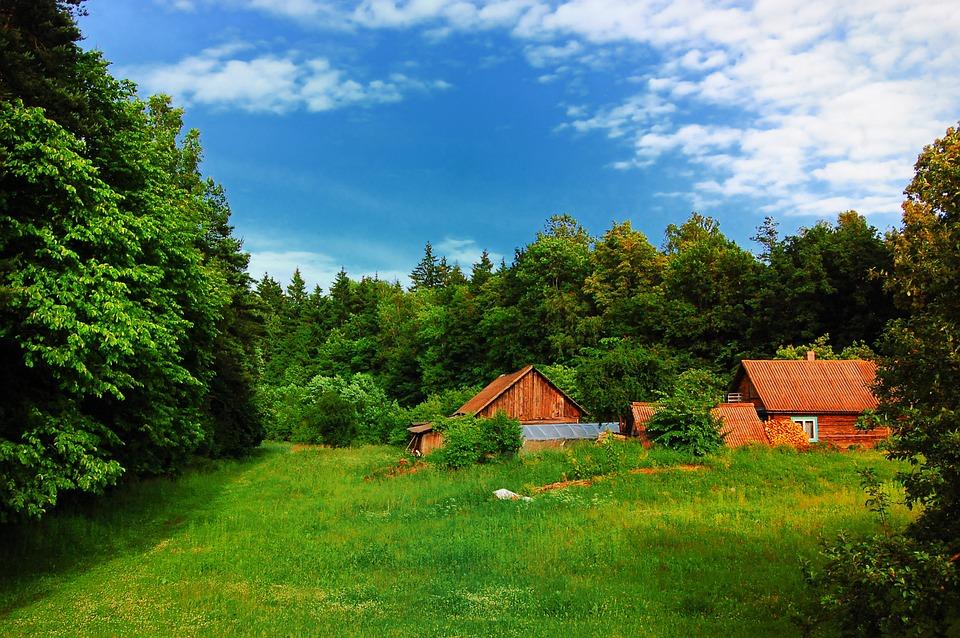 village-785628_960_720